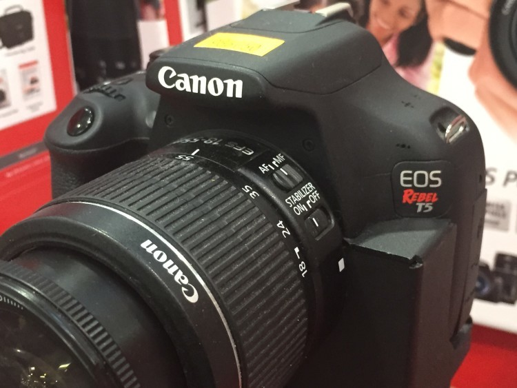 Canon T5 DSLR Kit with 18-55mm IS & 75-300mm III Lens at