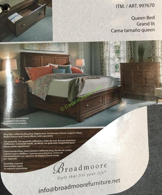 Universal Furniture Broadmoore Queen / Cal King Bed With Storage Drawers