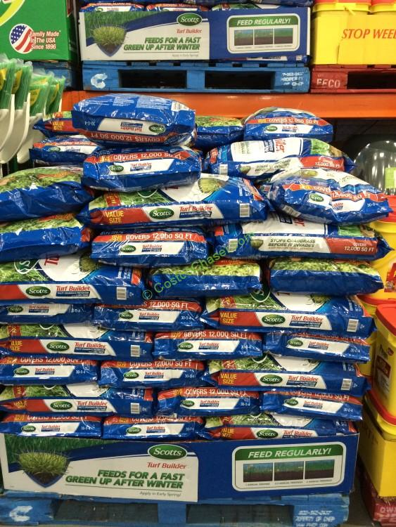 costco-368229-scotts-turfbuilder-plus-halts-fertilizer-crabgrass-control-all