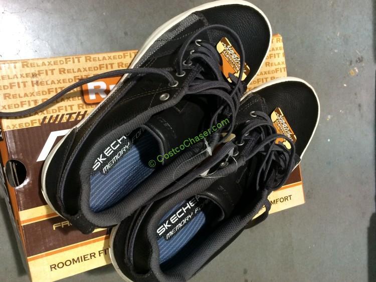 Skechers Men's Relaxed Fit Memory Foam Shoe