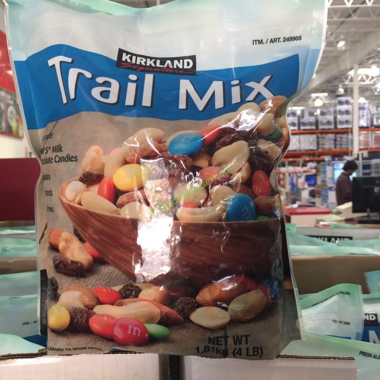 Kirkland Signature Trail Mix with M&M's 4 Pound Bag