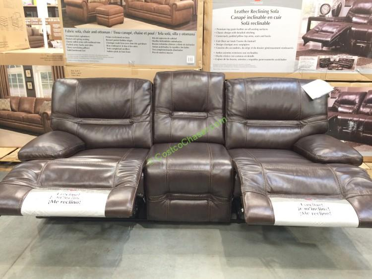 Pulaski Furniture Leather Reclining sofa, Model#155 2475 401 726