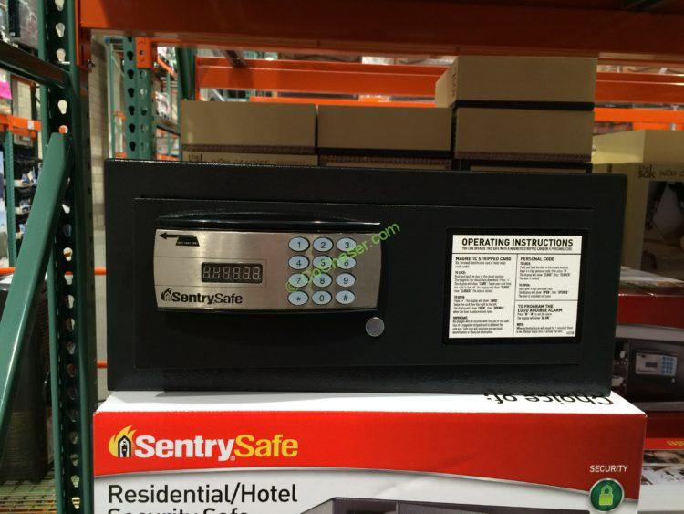 Sentry Residential/Hotel Safe with Electronic Lock