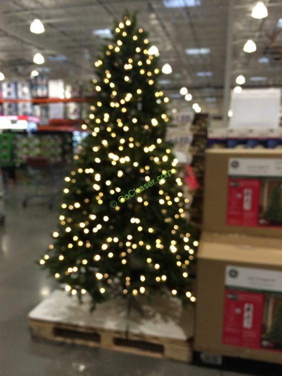 Costco-999094-GE-7.5FTPre-LitLED-Dual-Color-Christmas - GE 7.5 FT Pre-Lit LED Easy Light Technology Dual Color Christmas