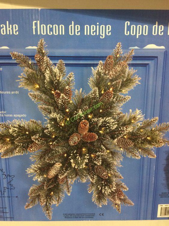 "32"" LED Snowflake Shaped Wreath"