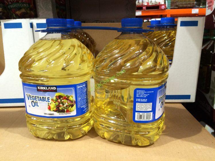Kirkland Signature Vegetable Oil 2/3 Quarter Bottle
