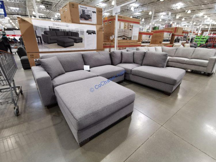 Thomasville Artesia 3-piece Fabric Sectional with Ottoman