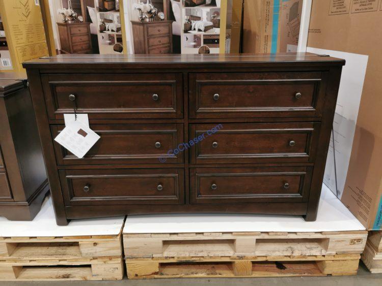 Universal Broadmoore Brooklyn Dresser, Universal Broadmoore Furniture Reviews
