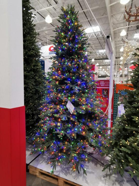 9' Pre-Lit Christmas tree with 2700Radiant Micro LED Lights